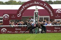 Wiederholten ihren Vorjahreserfolg - Treve und Thierry Jarnet als überlegene Sieger im Prix de l'Arc de Triomphe 2014 www.galoppfoto.de - Frank Sorge