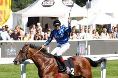Triumph in Horn: Dsching Secret und Martin Seidl gewinnen den pferdewette,de - Grossen Hansa-Preis. www.galoppfoto.de