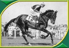 1955 gewann die Stute Lustige aus dem Stall Evershorst unter Jockey Albert Klimscha das Deutsche Derby. www.german-racing.com
