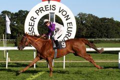 Im 53. Preis von Europa ist Stall Nizzas Nightflower mit Andrasch Starke die überragende Erscheinung. www.galoppfoto.de - Sandra Scherning
