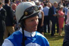Jimmy Fortune vor seinem Derbyritt mit Sir Lando 2010. www.dequia.de