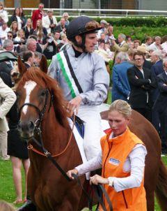 Girolamo mit Andrasch Starke vor dem drittem Platz im Deutschen Derby. Foto: Karina Strübbe