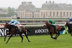 Almanzor siegt im Prix du Jockey Club. www.galoppfoto.de - Sandra Scherning