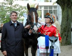 Siegerin Antalya mit Markus Klug und Andreas Helfenbein. Foto Gabriele Suhr