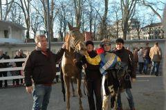 Sieger Bayonero mit Christof Schleppi und Maxim Pecheur. Foto Gabriele Suhr