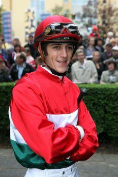 Weltklassejockey Christophe Soumillon - hier in Iffezheim 2010. www.galoppfoto.de