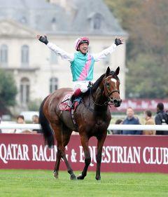 Frankie im Glück: Der zweite Arc-Sieg mit der famosen Enable am 7.10.2018 in Longchamp - Foto: Dr. Jens Fuchs