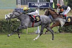 Fort Good Hope gewinnt im Stil eines besseren Pferdes. www.galoppfoto.de - Sabine Brose