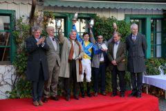 Siegerehrung für Guignols Erfolg im Großen Preis von Bayern, Gr. I. Foto: Dr. Jens Fuchs