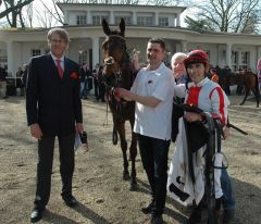 Erster Listentreffer für Trainer Ferdinand Leve mit Calyxa und Jockey Lennart Hammer-Hansen. Foto: Gabriele Suhr