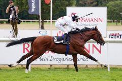 Kellahen (Andre Best) über das Brümmerhofer-Derby Trial mit einem nachgelösten 65.000-Euro Ticket nach Hamburg? www.galoppfoto.de - Sabine Brose