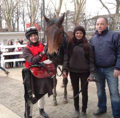 Sieger Kronerbe mit Lena Maria Mattes, Karl Demme. Foto Gabriele Suhr