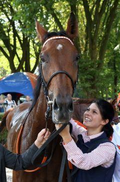 Laurette nach ihrem Listen-Sieg (Foto: Dr. Jens Fuchs)