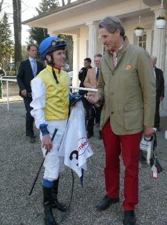 Trainer F. Leve und Jockey Jozef Bojko. Foto Suhr