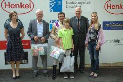 siegerehrung mit Trainer Jan Pubben, Jockey Adrie de Vries, Albrecht Woeste, Besitzerin Frau de Vries. Foto: Suhr