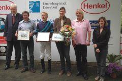 Siegerehrung mit Rennvereinspräsident P.M. Endres, Besitzer Chr. Keller, Jockey F. Minarik, Trainerin S. Möller. Foto Suhr