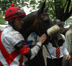 Sworn Sold mit Jockey Marvin Suerland. Foto: Suhr