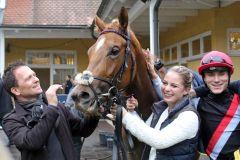 Gut Lachen hat das Team um No Limit Credit mit Trainer Andreas Suborics und Jockey Clément Lecoeuvre. www.galoppfoto.de