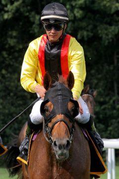 Oriental Khan mit Bauyrzhan Murzabayev. www.galoppfoto.de - Sandra Scherning
