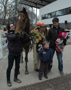 Sieger Shaw mit Jozef Bojko und Trainer Chr. J. M. Wolters (Foto Suhr)