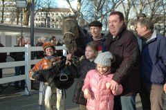 sieger Magic Jack mit Alexandra Vilmar, Besitzergemeinschaft Stall Kurzer Kopf, Hans-Gerd Rotering. Foto Gabriele Suhr