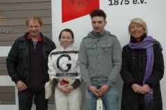 Siegerehrung mit Uwe Schwinn, Andrea Glomba, Mark Gier (Foto Suhr)