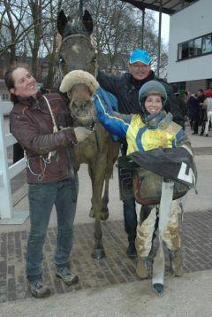 Sieger Twin Star mit Frauke Schwinn, Steffi Hofer, Uwe Schwinn (Foto Suhr)