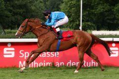 Salonmare gewinnt mit Andre Best für das Gestüt Wittekindshof und Peter Schiergen (Foto: Dr. Jens Fuchs)