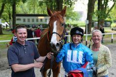 Salonmare gewinnt mit Andre Best für das Gestüt Wittekindshof und Peter Schiergen (Foto: Dr. Jens Fuchs