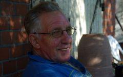 """Frankfurter """"Urgestein"""": Trainer Heinz Hesse im Sommer 2011. www.dequia.de"""