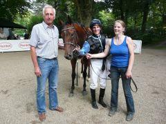 Der Sieger Shamrock mit Jockey Andrasch Starke. Foto Gabriele Suhr