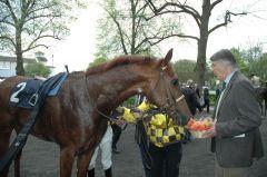 Möhrchen für den Sieger Gambadino. Foto Gabriele Suhr