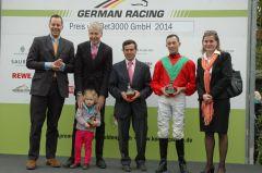 Siegerehrung mit Ferdinand Alexander Leisten, Peter Schiergen, Daniele Porcu. Foto Gabriele Suhr