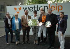 Siegerehrung mit Besitzerpaar Gerd Miosca und Inge Zäpfel vom Gestüt Winterhauch, Fabien Levebvre, Andreas Löwe. Foto Gabriele Suhr