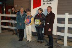 Siegerehrung mit Jana Oppermann, Birgit Marschall, Reinhard Ording. Foto Gabriele Suhr