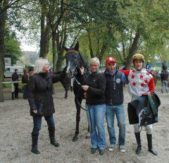 Siegerin Kim Groom mit Caro Fuchs, Sebastian Kludka, Martin Seidl. Foto Gabriele Suhr