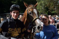 Sven Schleppi, der neue Amateur-Champion 2010, hier mit La belle Amie nach dem Sieg in Gotha. www.galoppfoto.de
