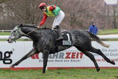 The Tiger mit Sibylle Vogt gewinnt das nach ihm benannte The Tiger-Rennen. www.galoppfoto.de - Stephanie Gruttmann