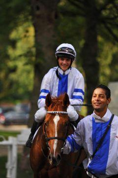Erster Start, erster Sieg für die Paolini-Tochter Eujeny mit Vinzenz Schiergen.