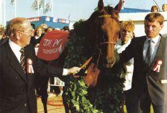 Walther J. Jacobs, Acatenango, Herbert Kahrs unf das Derby 1985. Foto Archiv