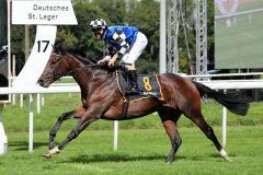 Wild Max gewinnt im Stil eines besseren Pferdes. Foto: Dr. Jens Fuchs