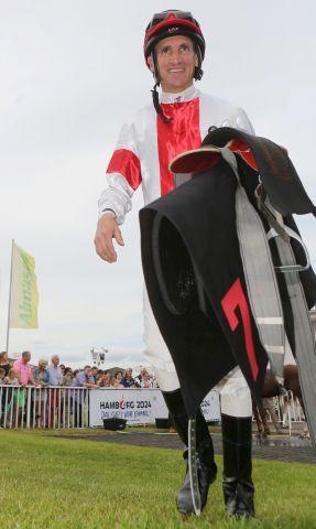 Der Champion Andrasch Starke macht das Jockey-Championat wieder spannend. www.galoppfoto.de - Frank Sorge