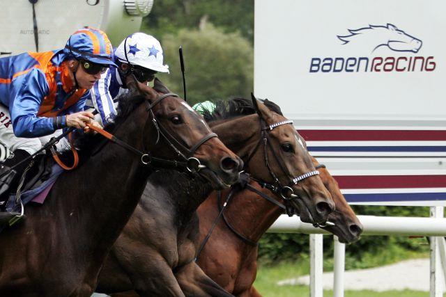 Baden Racing wünscht sich einen Veranstaltungsschutz für seine Meetings. www.galoppfoto.de - Sarah Bauer
