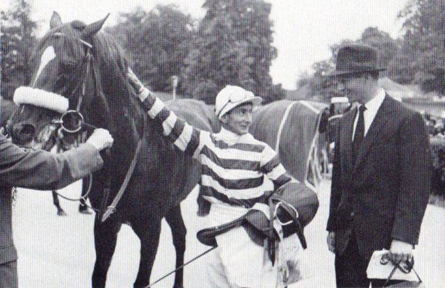 Espresso, Sieger im Großen Preis 1963 und 1965, mit Jockey William  Williamson und Trainer Harry Wragg. Foto Archiv