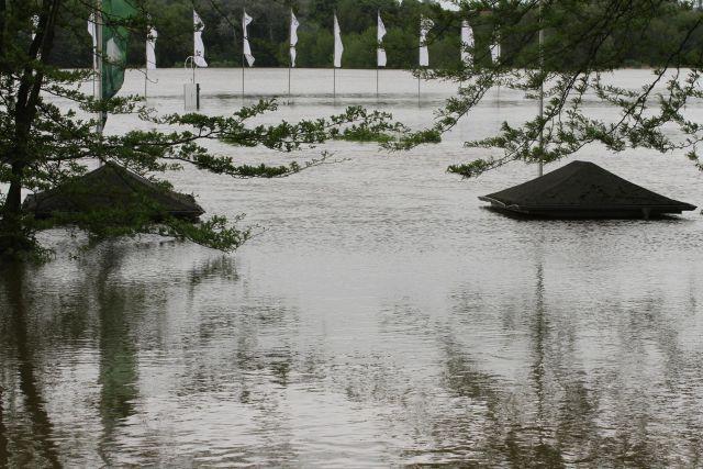Hochwasser in Halle. www.pferde-gtm.de - Katja Gerhardt