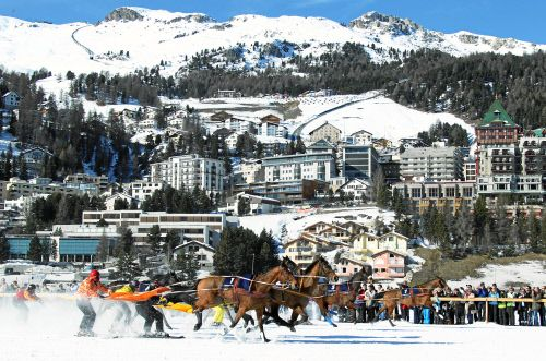 Impression vom White Turf-Meeting 2011 in St. Moritz - Skijöring. swiss-image.ch - Photo by Andy Mettler
