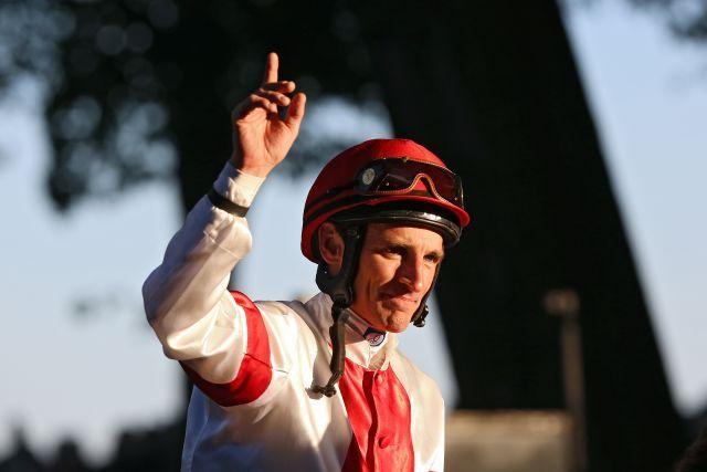 Nach OP-Komplikation ist seine reiterliche Zukunft gefährdet: Championjockey Andrasch Starke. www.galoppfoto.de - Frank Sorge