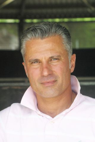 William Mongil, Nachfolger von Trainer Werner Baltromei auf dem Mülheimer Raffelberg. www.muelheim-galopp.de - Redaktion MSPW