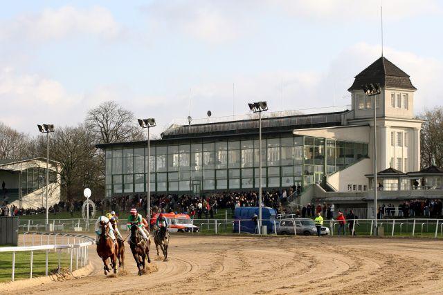 Auch der Dortmunder Ersatzrenntag musste abgesagt werden - die Resonanz der Ställe war zu schwach. www.galoppfoto.de - Frank Sorge