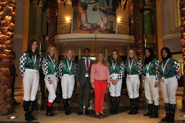 Rennreiterinnen aus aller Welt reisen zur HH Sheikha Fatima Bint Mubarak Ladies World Championship in Berlin-Hoppegarten an. www.hoppegarten.com